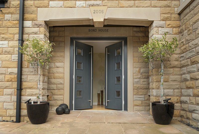 Distinction Solidor Composite Doors & Composite Doors Luton | Composite Front Doors Bedfordshire